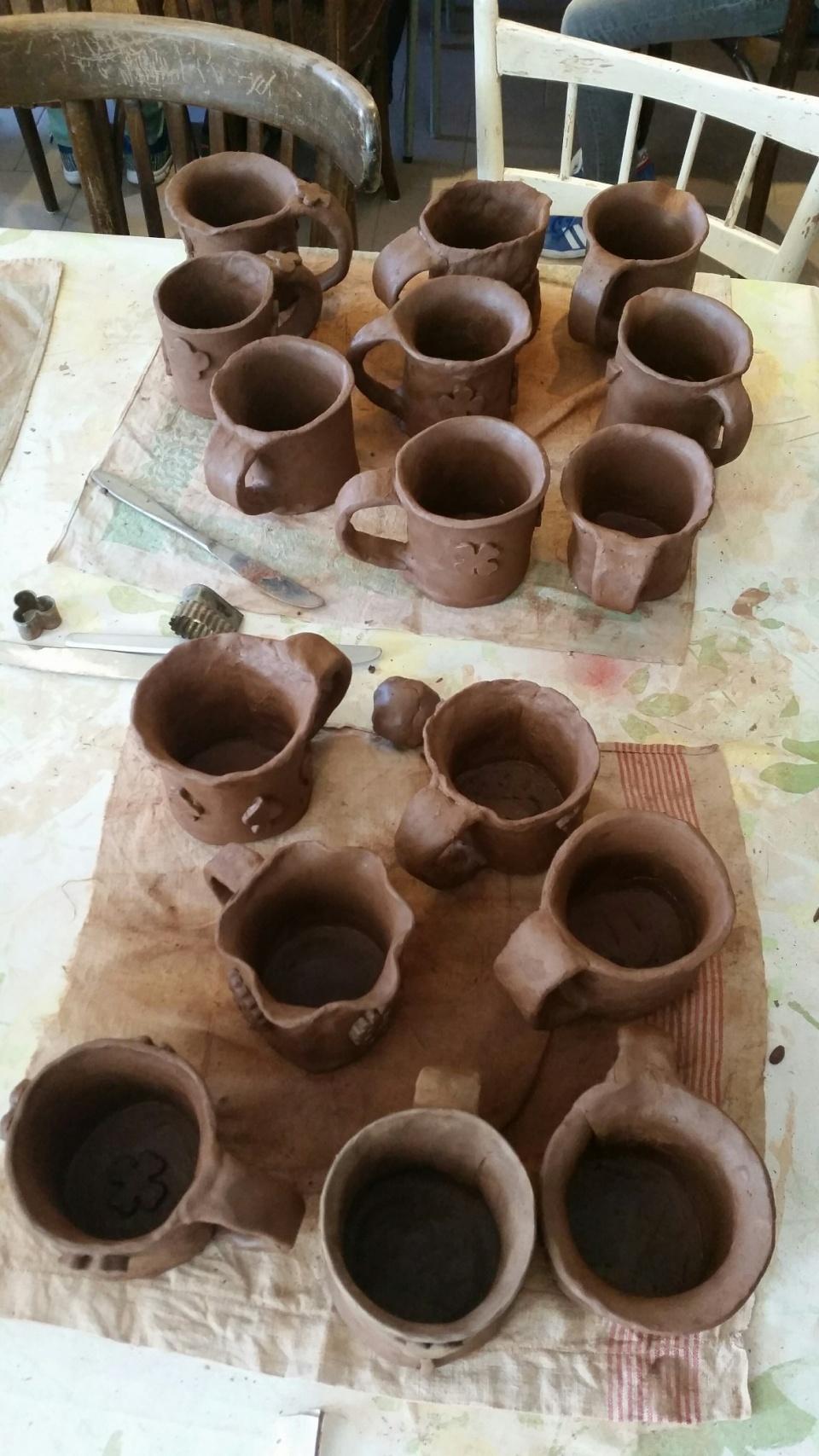 Keramika v Klínci, hrnečky se povedly.